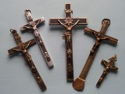 Lot Van 5 KRUISEN / KRUIZEN / KREUZ / CROISER / CROSS / ( Hoogste +/- 14 Cm. ) ! - Religion & Esotérisme