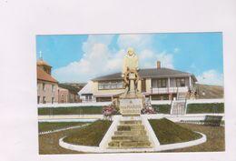 CPM PHOTO ST PIERRE ET MIQUELON,LE MONUMENT AUX MARINS - Saint-Pierre-et-Miquelon