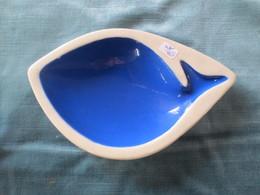 Cendrier En Porcelaine Forme  Poisson - Porcelain