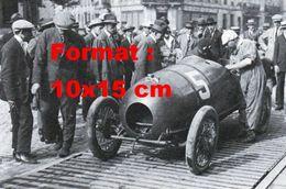Reproduction D'une Photographie Ancienne D'une Bugatti Numéro 5 Au Grand Prix De L'A.C.F En 1922 - Reproductions