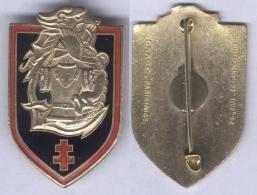 Insigne Du Commandement Du Génie Des Forces Terrestres En Extrême Orient - Armée De Terre