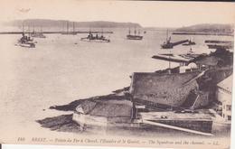 CPA -  146. BREST Pointe Du Fer à Cheval L'escadre Et Le Goulet - Brest
