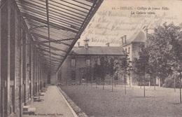 Alte Ansichtskarte (Feldpostkarte) Aus Sedan -Collège De Jeunes Filles, La Galerie Vitrée- - Sedan