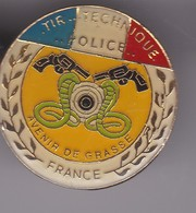 Pin's POLICE GRASSE - Police