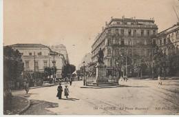 CPA -  ALGER - LA PLACE BUGEAUD - 124 - N. D. - Algiers