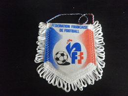 Fanion Football - FFF FRANCE - Habillement, Souvenirs & Autres