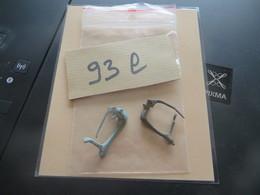 2 FIBULES  Lot 93 L - Archaeology