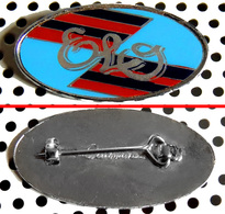 Badge (pas Pin's) Du Groupe ELO Fabrication Anglaise Clubman - Music