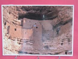 Etats Unis - Arizona - Montezuma Castle - National Monument - Joli Timbre - Scans Recto-verso - Etats-Unis