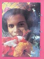 Guadeloupe - Fleurs Des Antilles - Joli Sourire - Scans Recto-verso - Unclassified