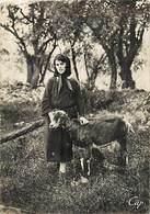 - Ref-W495- Haute Corse - Types Corses - Gardeuse De Chevre - Chevres - Goat - Goates - Voir Etat - - France