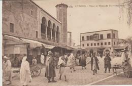 CPA -  TUNIS - PLACE ET MOSQUÉE EL HALFAOUINE - 67 C. A. P.  ANIMÉE - - Túnez