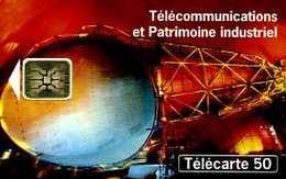 Télécarte 50 : Télécommunications Et Patrimoine Industriel Au Musée Des Télécommunications De Pleumeur Bodou (22) - Téléphones