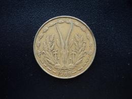 ÉTATS DE L'AFRIQUE DE L'OUEST : 10 FRANCS  1968   KM 1a    TTB - Monnaies