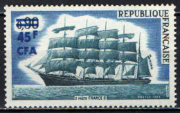 "REUNION - 1973 - VELIERO A 5 ALBERI ""FRANCE II"" - MNH - Isola Di Rèunion (1852-1975)"