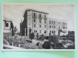 """Italia Around 1920 Postcard """"""""Brindisi - I.N.C.I.S. Palace"""""""" - Italie"""