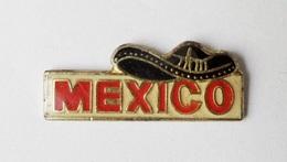 Pin's Mexico Chapeau Mexicain - P44 - Badges
