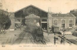 TOULON ENTREE D'UN RAPIDE EN GARE DU P.L.M. - Toulon