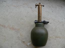 Grenade DF37 Avec Allumeur De Piegeage Allemand Daté 1940 Neutralisée - Armes Neutralisées