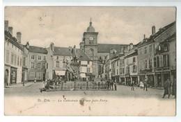 20402   CPA    SAINT DIE 1904  ; La Cathédrale Et Place Jules Ferry !   , ACHAT DIRECT  !! - Saint Die