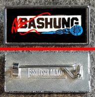 Badge (pas Pin's) Alain BASHUNG Fabrication Anglaise - Music