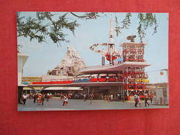> Disneyland Tomorrowland =ref 2918 - Disneyland