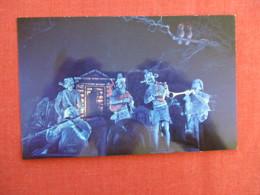 > Disneyland  Haunted Mansion Spirited Spooks=ref 2918 - Disneyland