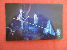 > Disneyland  Haunted Mansion King & Queen Of The Spirit Worlds=ref 2918 - Disneyland