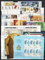 VATICANO - VATICAN - 2011 - Annata Completa - 29 Valori + 4 BF + 1 Libretto - Complete Year - ** MNH/VF - Annate Complete