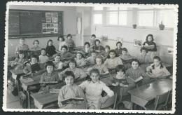 Trombinoscope Scolaire - Ecole Jean Macé , Tours 37, Ce2 Année 1960 / 1961  - Pho20205 - Personas Identificadas