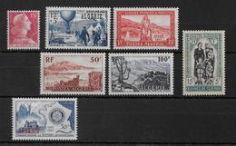 ALGERIE - ANNEE 1955 COMPLETE ** - SANS CHARNIERE - COTE = 17.4 EUR. - Algérie (1924-1962)