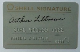 USA - Oil Credit Card - Shell Signature - Exp 0988 - Credit Cards (Exp. Date Min. 10 Years)