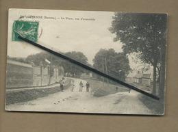 CPA  - Suzanne -(Somme ) - La Place , Vue D'ensemble - France