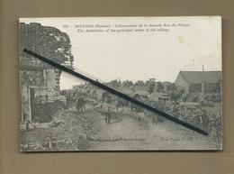 CPA Rétrécit- Suzanne  - (Somme )- L'Animation De La Grande Rue Du Village -The Animation Of The Principal Street ...etc - Otros Municipios