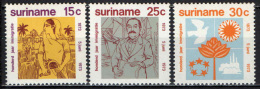 SURINAME - 1973 - 1st Immigrants From India, Cent. - MNH - Suriname
