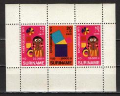 SURINAME - 1972 - Child Welfare - GOMMA BRUNITA - SEE 2 SCANS - MNH - Suriname