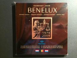M/MS55 EUROSET BENELUX 2009 : 24 Pièces + 1 Médaille (Valeur Morin 2018: 65 Euro) - Belgique