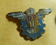 PIN * DFH - Badges