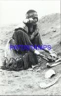 92478 PERU PACHACAMAC COSTUMES NATIVE WOMAN WITH BONES POSTAL POSTCARD - Peru