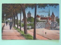 """Germany Around 1920 Unused Postcard """"""""Lubeck Bridge"""""""" - Germany"""