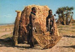 Uganda - Folklore - Woman - Femme - Uganda