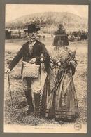 Anciens Costumes Du Velay, Deux Jeunes Mariés (802) - Non Classés