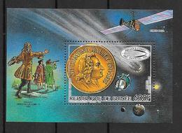 Guinée Bloc Comète De Halley Espace ** - Space