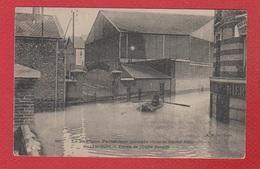 Billacourt  / Entrée De L'Usine Renault / Inondations De Paris 1910 / Bouillon Kub - France