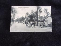 Sri Lanka . Ceylon . Ceylan .Road Scene Colpetty .Voir 2 Scans . - Sri Lanka (Ceylon)