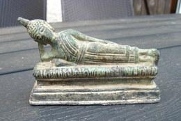 Petit Boudha Couché Bronze Ancien - Asian Art