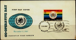 CO-OPERATIVE DAY-FDC-PAKISTAN-1967-BX1-378 - Pakistan