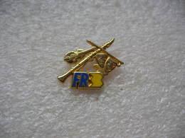 Pin's FR3, Fabrication DECAT - Media