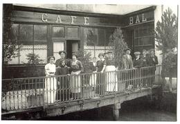 CPM 18 BOURGES Café Bar - Le Moulin Rouge (carte Moderne) Roger MICHELET - Bourges