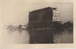 MARSEILLE (13) Silos Nord Compagnie Des Docks En Partie Détruits En Cours De Reconstruction - Après Aout  1944 - Places